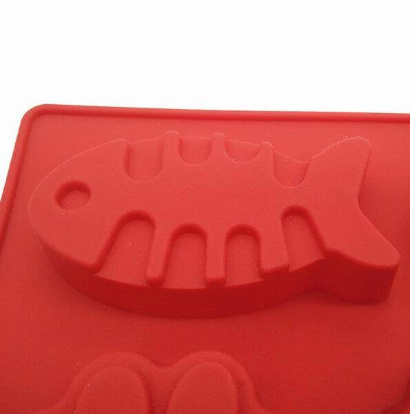 Formicky pre psov_Forma Rozne tvary detail ryba 2